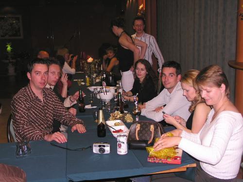 2004 (08)