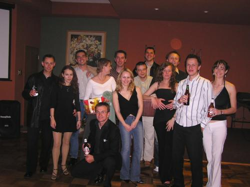 2004 (09)