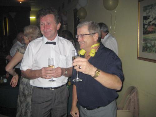 2007 (19)